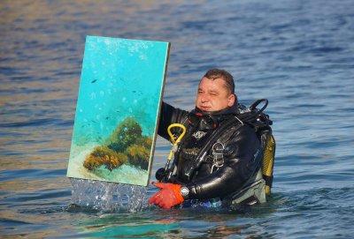"""Выставка картин подводной живописи """"Рафаэли Моря"""" в Черниговском музее современного искусства """"Пласт-Арт"""""""